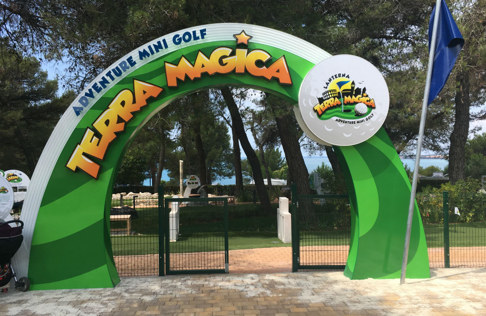 IZGRADILI SMO PRVI ORIGINALNI ADVENTURE MINI GOLF TERRA MAGICA U LANTERNI!